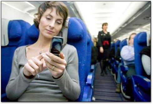 Photo of ANAC finalmente autoriza uso de iPhones e celulares em aviões brasileiros