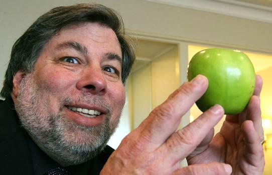 Photo of O 'pai' da Apple, Steve Wozniak, completa 60 anos hoje