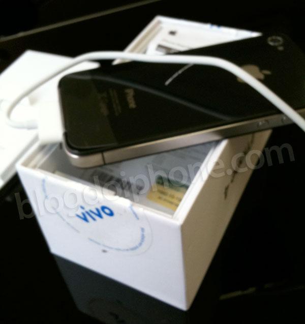 Caixa do iPhone 4 da Vivo