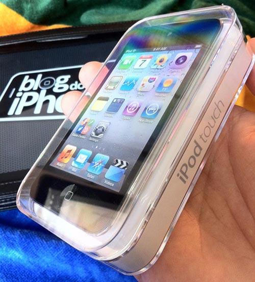 Photo of Confira o unboxing brasileiro do iPod touch 4g
