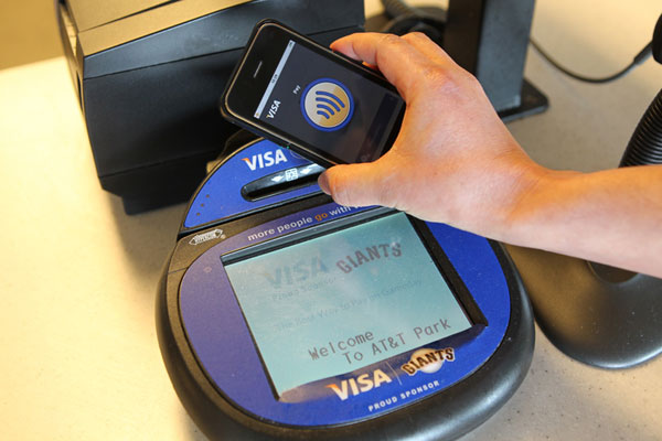 Photo of Apple pode estar preparando sistema de pagamentos móveis para o iPhone 6