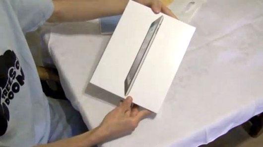 Photo of [curiosidade] Como seria o vídeo do unboxing do iPad 2 se fosse feito pela Apple?