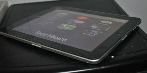 Photo of Um protótipo do iPad 1 com dois conectores é vendido no eBay por mais de US$10 mil