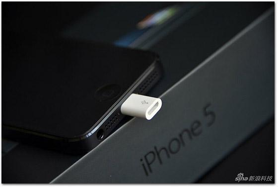 Photo of Na China, o iPhone 5 vem com um adaptador micro-USB de graça