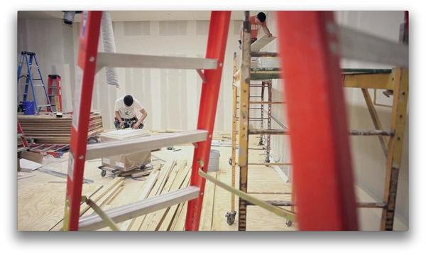 Photo of Vídeo interno mostra como são os preparativos para a abertura de uma Apple Store
