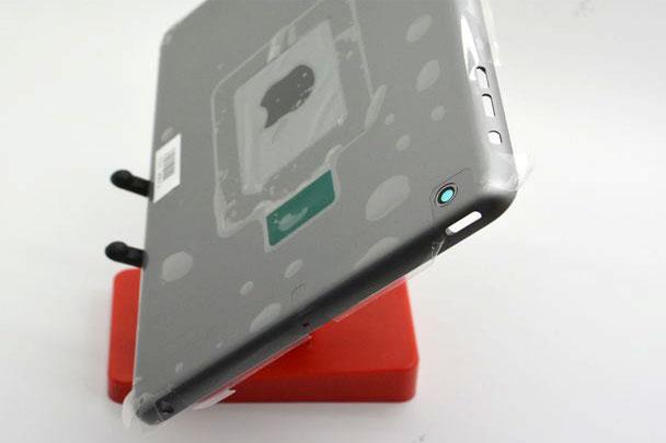 Suposto iPad mini 2