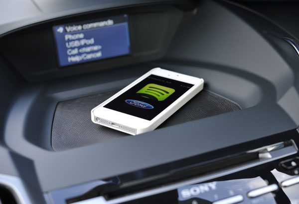 Photo of Ford quer que mais aplicativos brasileiros sejam compatíveis com seus carros