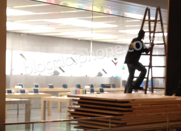 Photo of Apple Store do Rio já começa a tirar os tapumes da fachada
