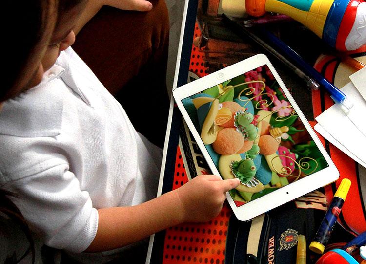 Como bloquear sites adultos no iPad e iPhone