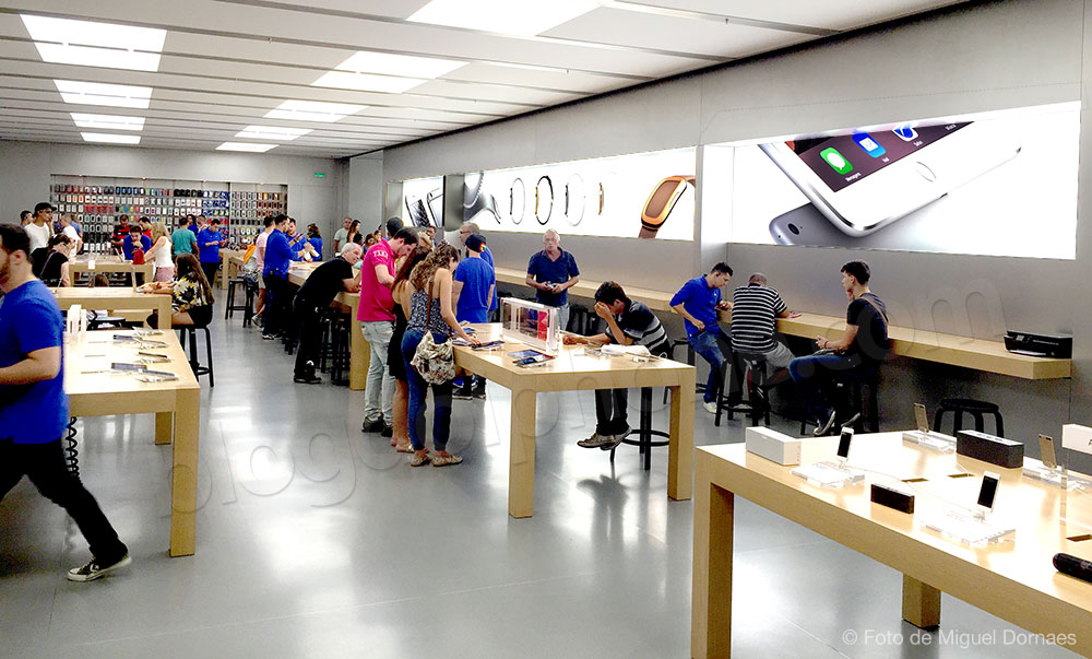 Apple Store VillageMall