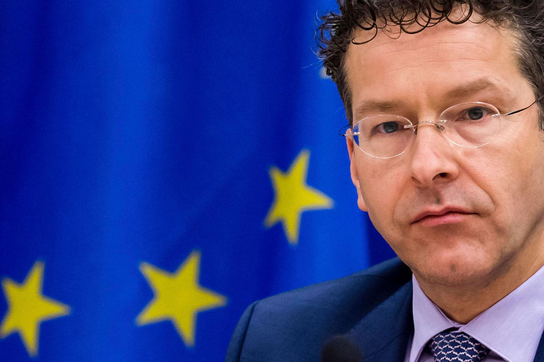 Photo of Chefe do Eurogrupo diz que Apple não compreende debate público sobre evasão fiscal na Irlanda