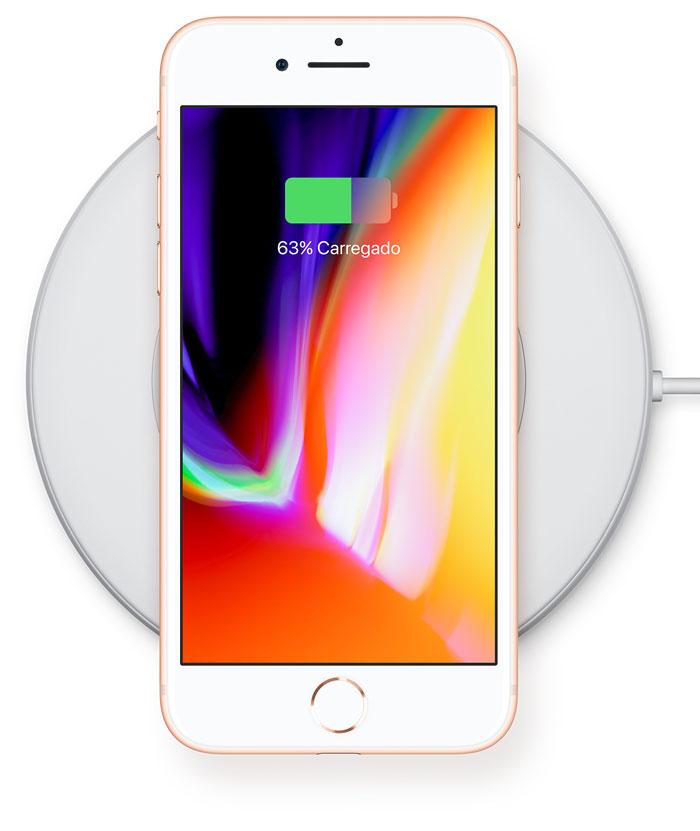 c367dd25269 A Apple irá lançar seu carregador próprio que funcionará inclusive com o  Apple Watch e o estojo dos AirPods, mas só chegará ao mercado em 2018.