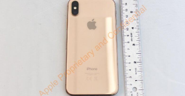 Photo of Fotos mostram que Apple tinha planos de lançar um iPhone  dourado, mas desistiu