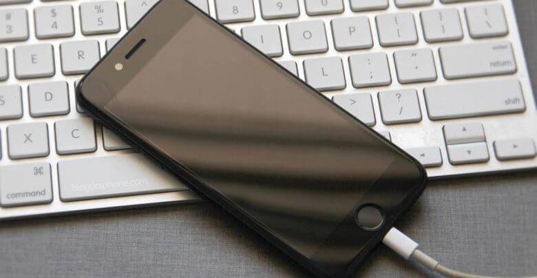 Photo of Bug no iOS 12 faz alguns iPhones não carregarem ao serem conectados ao cabo Lightning