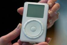 """Photo of Há 18 anos, a Apple lançava o """"pouco inovador"""" iPod"""